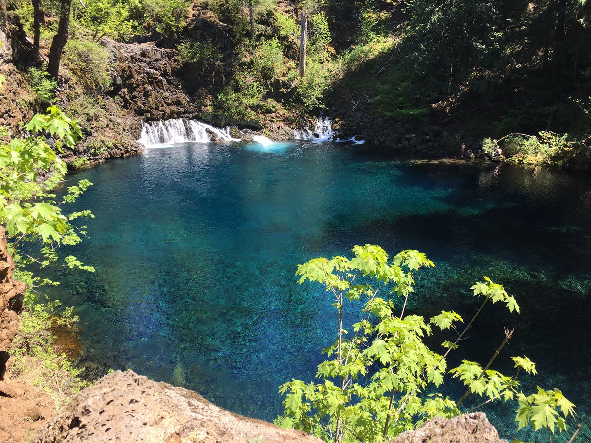 The famous Tamolich Blue Pool.